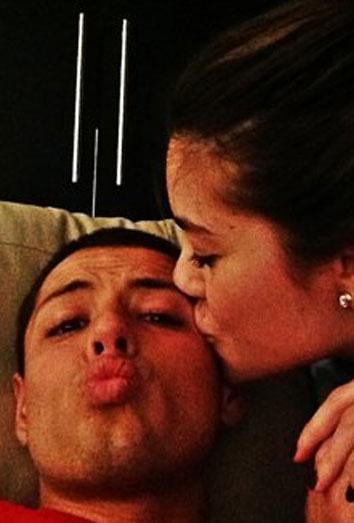 La foto de Twitter de Lety Sahagún, la novia de Chicharito Hernández.