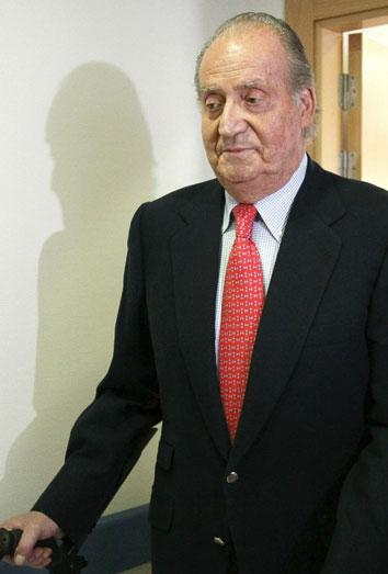 El Rey Juan Carlos, amenazado por un incendio por un incendio en la clínica milagrosa