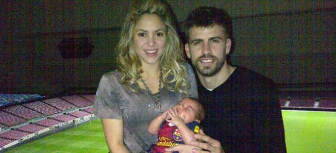 Primera foto de familia de Gerard Pique, shakira con milan pique