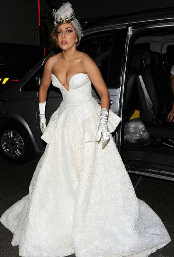 El vestido de novia de Lady Gaga.