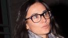 Demi Moore se apunta a las gafas unisex y de inspiración vintage