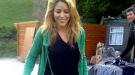 Shakira se hace pasar por granjera en un pueblo de Gerona