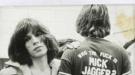 Las míticas camisetas 'Who the fuck is Mick Jagger?' vuelven a cobrar vida