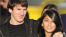 La novia de Messi le mima en Sudáfrica