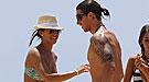 Sergio Ramos luce su cuerpo tatuado en las playas de Cádiz