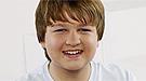 Angus T. Jones gana más que Miley Cyrus, Miranda Cosgrove y Demi Lovato juntas