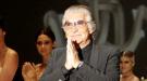 Cavalli desnuda la espalda de la mujer en el otoño-invierno 2011
