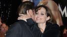 Brad Pitt y Angelina Jolie se reparten caricias y besos en el estreno de 'Megamind' en París