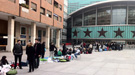 Más de un millar de fans hacen cola para ver el concierto de Lady Gaga en Madrid