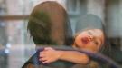 Suri Cruise muestra su mala educación ante la indiferencia de su padre