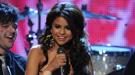 Selena Gomez arrebata a Justin Bieber el People's Choice Awards 2011