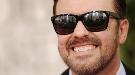 Ricky Gervais bromea sobre la presunta corrupción en los Globos de Oro 2011