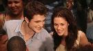 Robert Pattinson destripa 'Amanecer': la transformación de Kristen Stewart en vampiro
