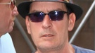 Charlie Sheen ingresa en un centro de rehabilitación tras una fiesta salvaje