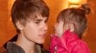 Justin Bieber: presentador de televisión y hermano mayor ejemplar