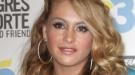 Paulina Rubio reaparece tras la muerte de su padre en un unplugged de la MTV