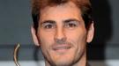 Iker Casillas, premiado en Ávila sin la compañía de Sara Carbonero