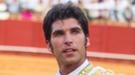 Cayetano Rivera triunfa en la Feria de Abril 2011 apoyado por la duquesa de Alba