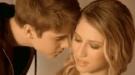 Justin Bieber besa a otra... para el anuncio de su perfume: 'Someday'