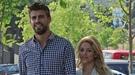 Piqué enseña catalán a Shakira, que pide a sus fans que vayan a su concierto