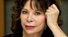 Una cola de más de 600 personas para conseguir la firma de Isabel Allende