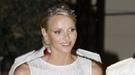 Charlene Wittstock falla con su traje de novia en la cena de gala tras la Boda Real
