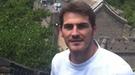 Iker Casillas se deja fotografiar por Sara Carbonero durante sus vacaciones en China