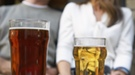 El 70% de los españoles no aceptaría que su pareja bebiera varias veces por semana