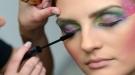 Cómo maquillarse con purpurina