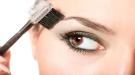 Cómo depilarse las cejas con hilo