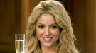 Shakira, embarazada de Piqué, confirma en Twitter que esperan su 'primer' hijo