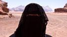 Atención, mujer saudí suelta