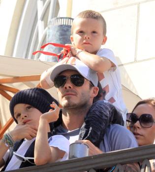 La familia Beckham, grandes fans de Jonas Brothers