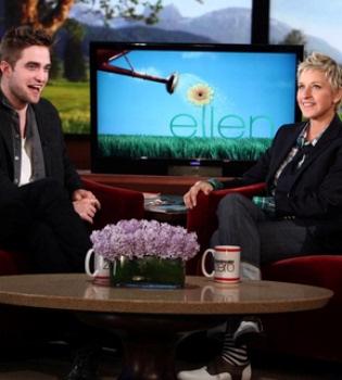 Robert Pattinson: 'Me he cortado el pelo porque tenía piojos'