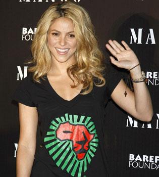 Shakira vuela de Madrid a Sudáfrica tras Rock in Río