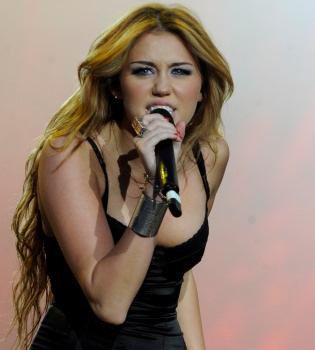 Miley Cyrus ha querido matar a Justin Bieber