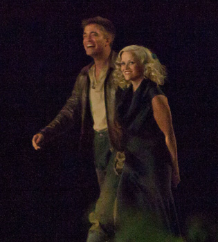 Robert Pattinson y Reese Witherspoon pillados en 'Water for Elephants'