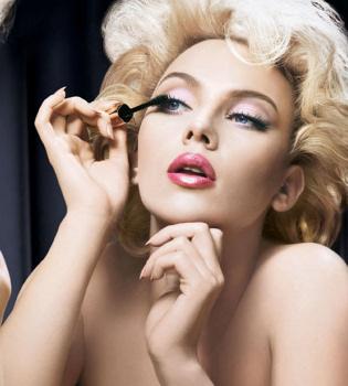 Scarlett Johansson, espectacular para Dolce & Gabbana