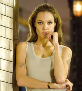 Angelina Jolie, a un paso de convertirse en Cleopatra