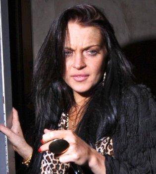 Lindsay Lohan sale de la cárcel