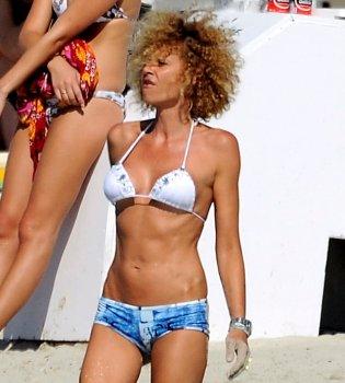 Esther Arroyo totalmente recuperada en Ibiza