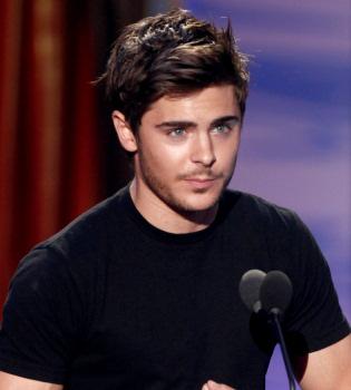 Zac Efron, muerto de celos por el éxito de Robert Pattinson