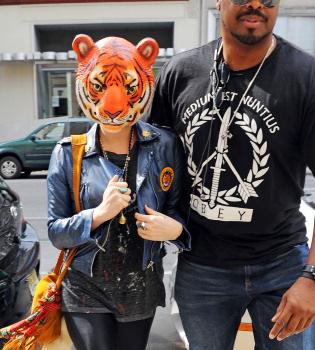 Kesha no acierta con el look para pasar desapercibida