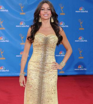 Sofía Vergara, la belleza de los Emmy, llega a España con 'Modern family'