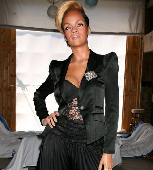 Rihanna queda inmortalizada en una figura de cera