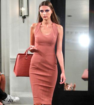 Los diseños de Victoria Beckham triunfan en la Semana de la Moda de Nueva York