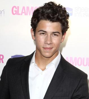 Nick Jonas, felicitado por millones de fans de todo el mundo en su 18 cumpleaños