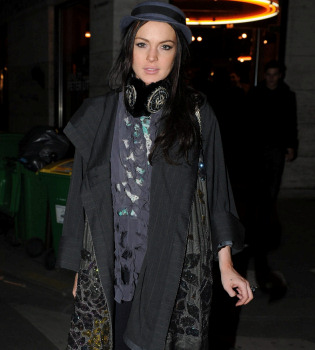 El juez vuelve a llamar a Lindsay Lohan tras dar positivo en cocaína