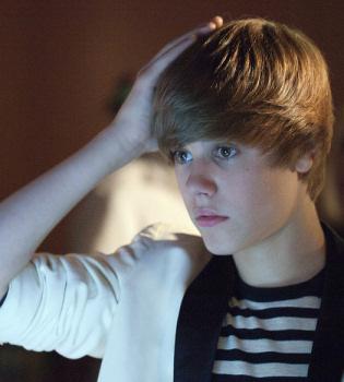 Justin Bieber quiere salir de fiesta con Robert Pattinson