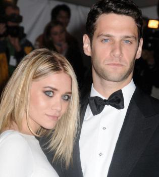 Ashley Olsen podría pasar por la vicaría con Justin Bartha